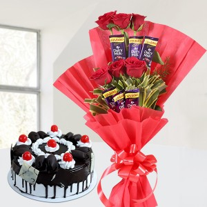 Black Forest Cake With Chocolate Rose Bouquet